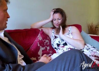 Sexy mature is having fun with an agent