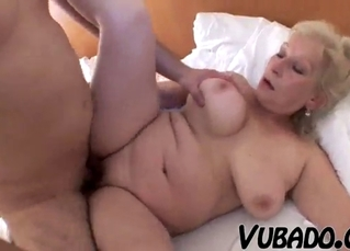 Stunning chubby blonde takes a huge boner